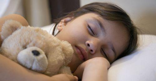 Peut-on dire que nous manquons de sommeil ? Que risque-t-on à trop s'en priver ? Des expériences de privation totale de sommeil ont montré qu'un animal pouvait mourir car sa température ne se...