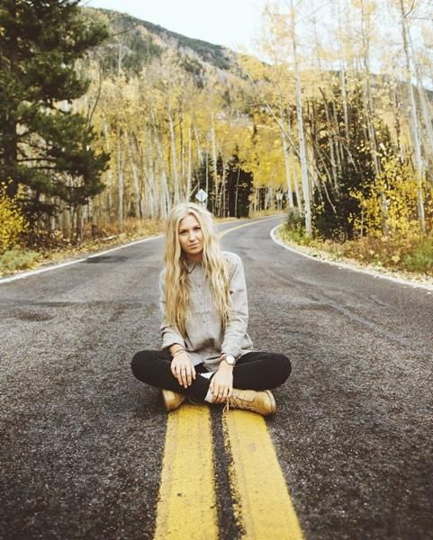 Best 25+ Fall Senior Pics Ideas That You Will Like On