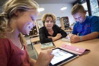 Rapport om iPad i undervisningen i Odder http://www.viauc.dk/hoejskoler/vok/Videncentre/e-laering-og-medier/Documents/udgivelser/Udgivelser%202012/Rapport%20Tablets%20i%20Skolen%20Odder%202012%20RFL.pdf
