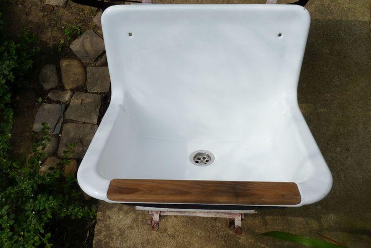 die besten 17 ideen zu altes waschbecken auf pinterest grundwasserspiegel t pfertische und. Black Bedroom Furniture Sets. Home Design Ideas