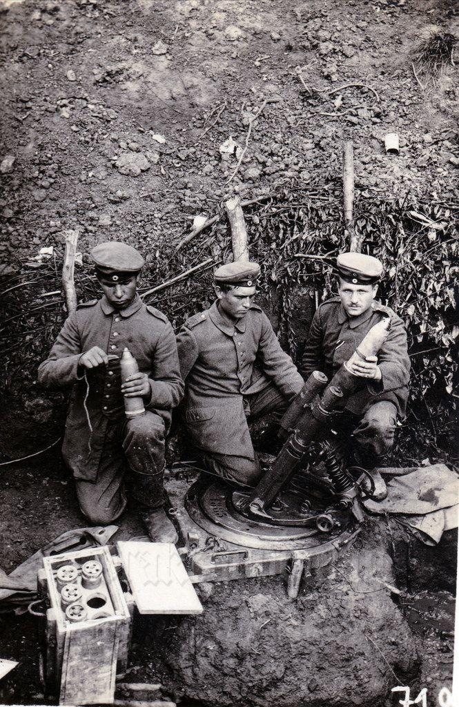 Image result for ww1 german 76mm minenwerfer gun crew