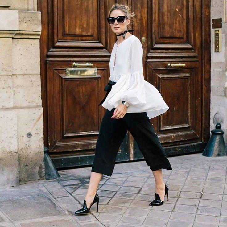 ¡Buenos días! #tendencias #moda para nosotras… lacasitademartina.com  #streetstyle  #fashionblogger #fashion #trends #blogger #mom #mum #coolmom #lacasitademartina #lcmMum #fashionmom #fashionmum Pic Olivia Palermo ©Phill Taylor