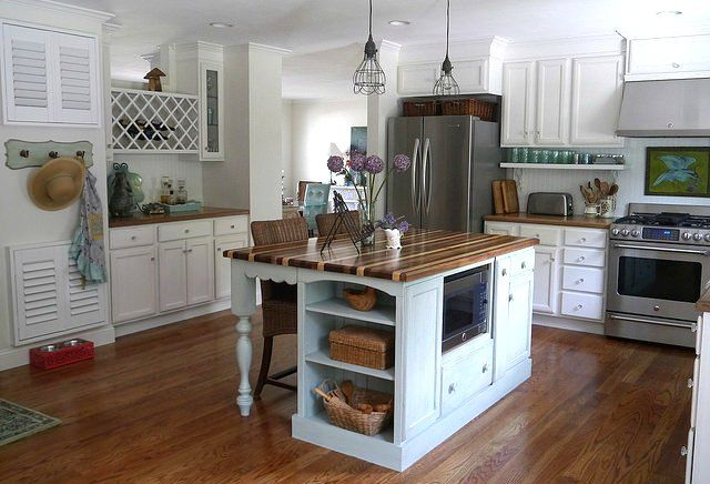 Tapping into your home's value with a home equity loan can help you pay for a dream kitchen or emergency expenses. But understand what you're getting into: