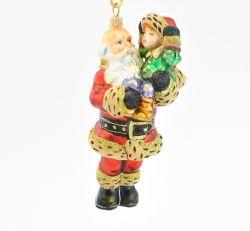 Mikołaj z dzieckiem na ręku - Polskie bombki ręcznie malowane - sklep z ozdobami choinkowymi Komozja Family