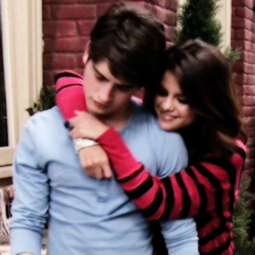AWW: Alex Russo & Mason Greyback's Cutest Couple Moments on 'Wizards'