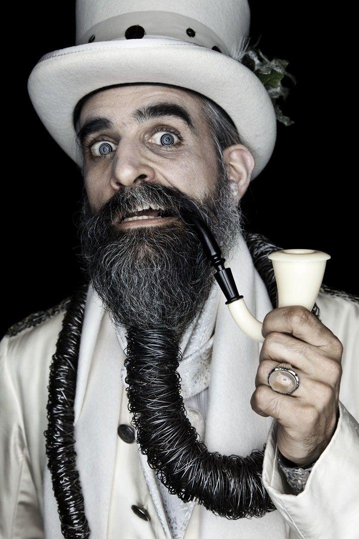 Matthew Rainwaters´ 'Beardfolio'