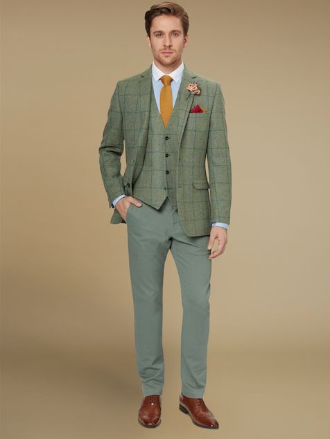Make Memories With A Wedding Hire Suit From Moss Bros