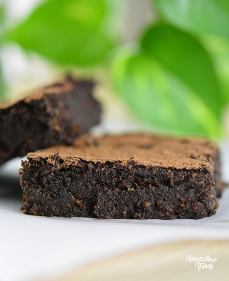 Brownies ultra-fondants – Vegan, sans gluten & IG bas.  http://megalowfood.com/brownies-ultra-fondants-vegan-sans-gluten-ig-bas/
