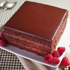 A romantikus történetű rigójancsi hamisítatlan magyar édesség.