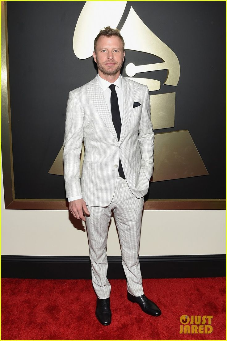 dierks bentley grammys 2015 05 Dierks Bentley and his wife Cassidy Black walk the red carpet together at the 2015 Grammy Awards held at the Staples Center on Sunday (February 8) in Los Angeles.…