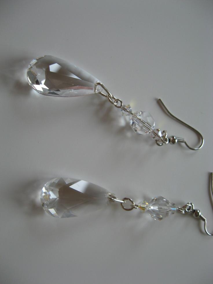 Swarovski Elements clear teardrop pendant dangles