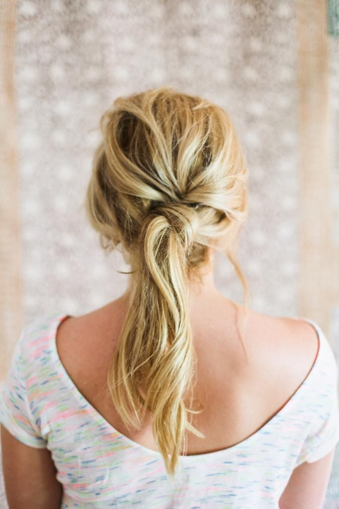 Knot ponytail! Love this