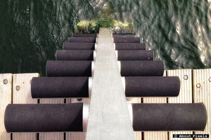 Trap voor duikers in het Oostvoornse Meer (Slag Stormvogel Oostvoorne) - Stairs with big steps and lots of room to move for surfacing divers.