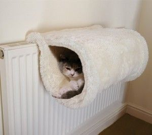 Catwalk Collection Luxury Fur Cat Radiator Bed tunnel kitten cave fleece