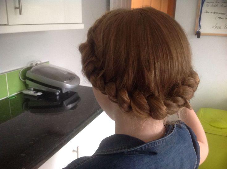 Vorschläge in Bezug auf gut aussehende Frauenhaare. Ihr Haar ist zweifellos gen…