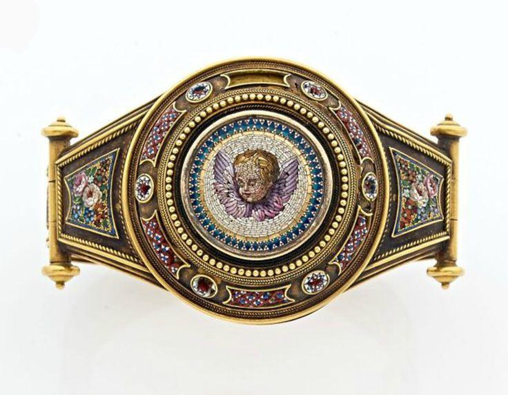 A RARE YELLOW GOLD BRACELET. ROMAN WORK. END OF XIX CENTURY