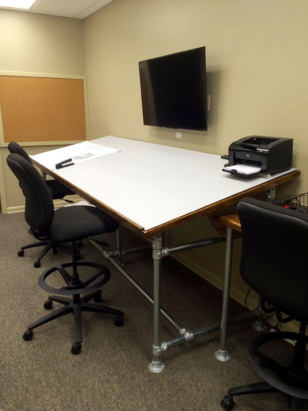 Learn How Fite Building Co. Built Their Custom Drafting Tables Using Kee  Klamp Pipe Fittings.