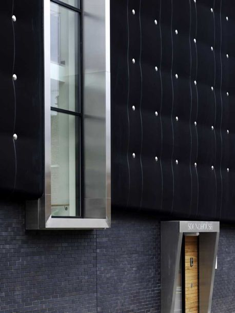 Built By Jefferson Sheard Architects,Careyjones Architects In , The  University Of Sheffieldu0027s State Of The Art Music Practice And Studio  Facility, ...