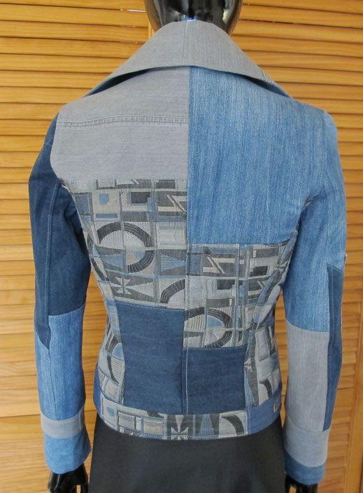 Jeans Jacke aus 4 alten Jeanshosen recyclet. Größe 38. Selbstschnitt wie 70iger Jahre💖
