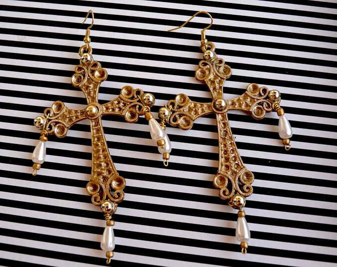 Big gold cross light earrings with little pearl endings. Gothic and Spanish style:  https://www.etsy.com/shop/Aamapola  #earrings #handmade #2017 #fw2017 #fashion #cross #gothic
