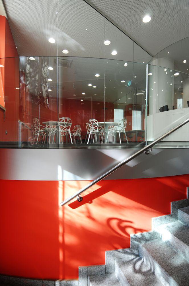 Progetto di ristrutturazione dell'architetto Luca Moretto della sezione Po del collegio universitario Einaudi di Torino. Il nuovo ingresso. www.lucamoretto.it