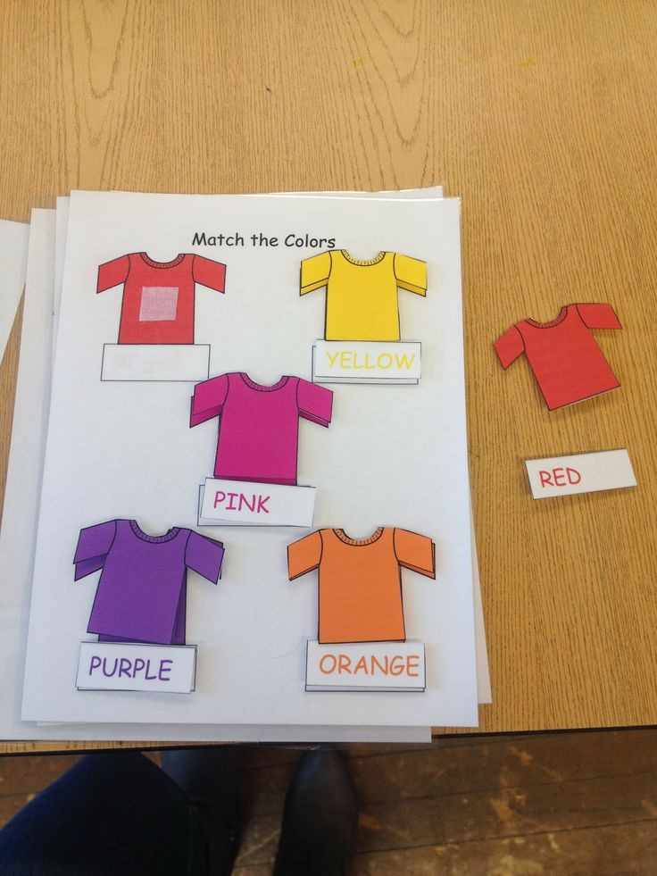 Matching t-shirts by color and color word.