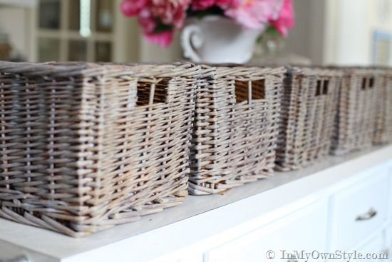 How to paint wicker in a driftwood finish - for my papasan bases!