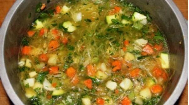 Soupe D'automne à la Courge Spaghetti - Gâteau à la Salade de Fruits - Bonbons aux Patates
