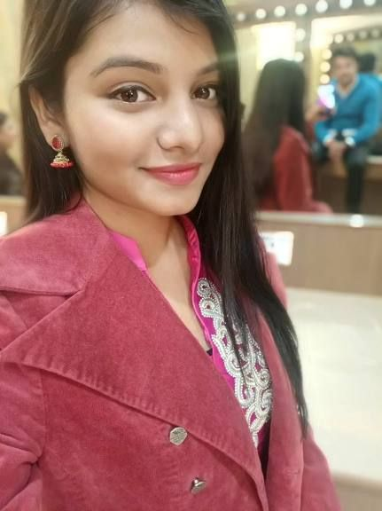 See Arya Nandini height, weight, age, biography, wiki, body measurements, Arya Nandini husband, family photos, boyfriend pictures, Albums, Videos, affairs, religion, facts, education and more. Arya Nandini is a Hindi and Bhojpuri Singer.