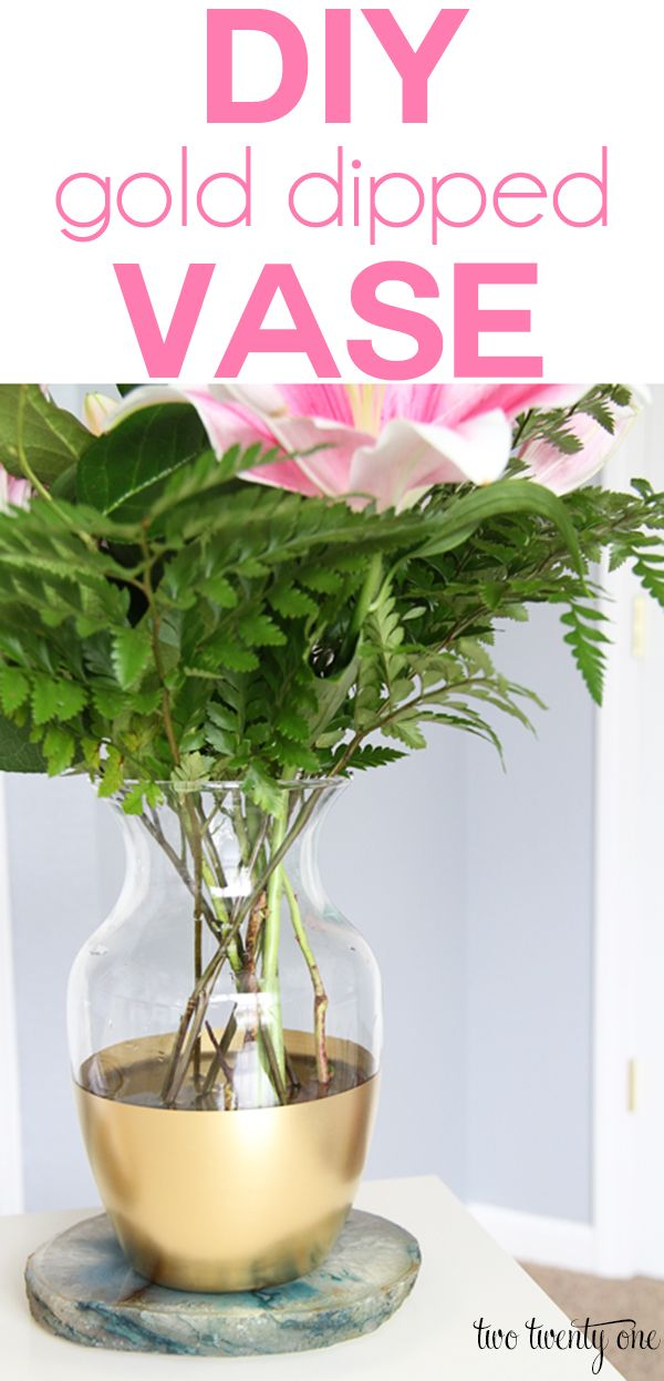 LOVE this! DIY gold dipped vase. Give your old vases an update!