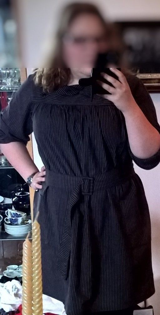 Not really homemade, just altered. My mother had this when she was pregnant with me, but I'm not pregnant in the 80's and really wanted it to work( it's suuuper soft and comfy!). I took about 15-20 cm off the length and made the belt. Originally it was just a straight, baggy and quite unflattering dress, but I fell in love with the neckline (a different little twist on a simple button up shirt collar) and had to make it wearable :)