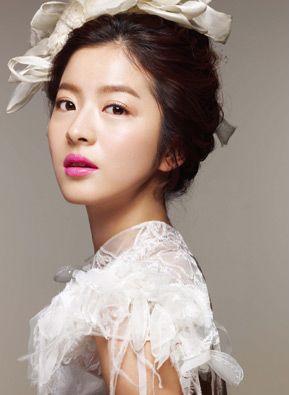 pink lip: Up Do Hair, Idowed Www Ido Wedding Com, Faces Hair, Wedding Photography, Korean Nude, Makeup Hair, Updo, Fashion Hair Makeup