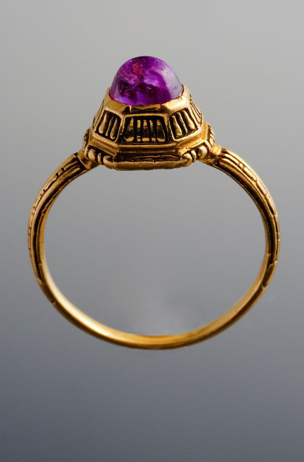 RingRing  Gold and ruby  Italy, 1600