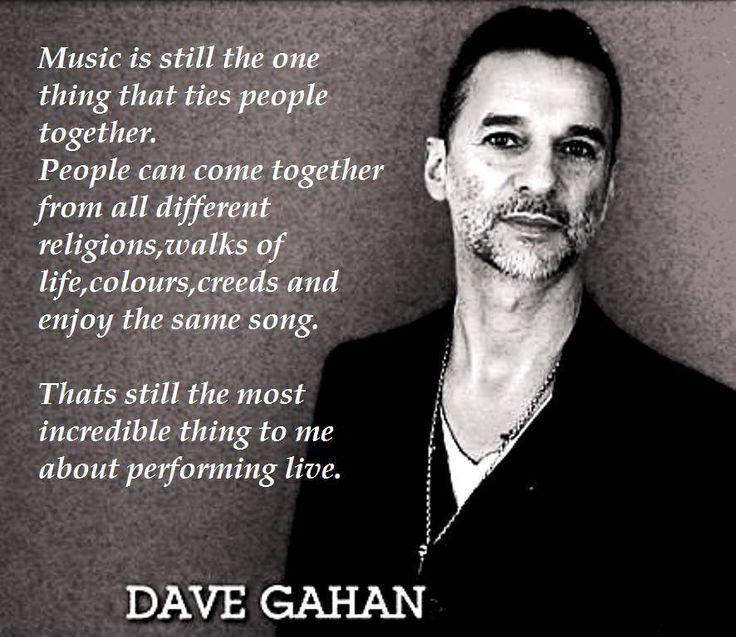 Dave Gahan of depeche Mode                                                                                                                                                                                 Más