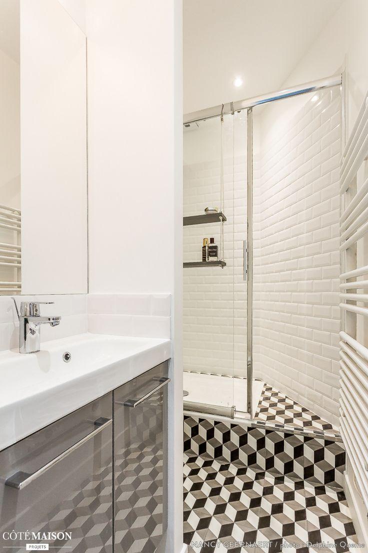 Les 25 meilleures id es concernant salle de bains compl te for Decoration 25 salle de bain