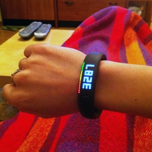 11_FuelBand_Home