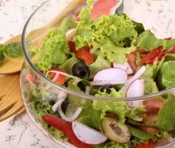 Zöldségsaláta | Receptváros - receptek képekkel - 2. oldal