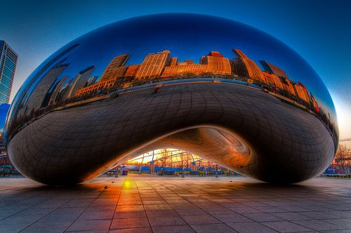 "The ""bean"" in Millennium Park in Chicago. Beautiful city"