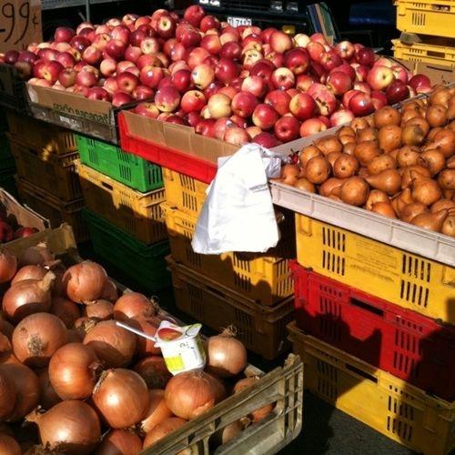 Avondale Markets, Auckland.