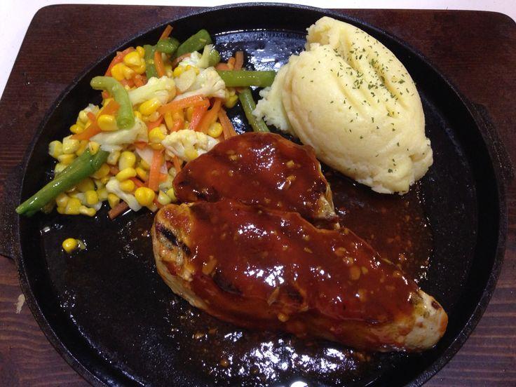 Chiken steak with BBQ sauce @frankfurter