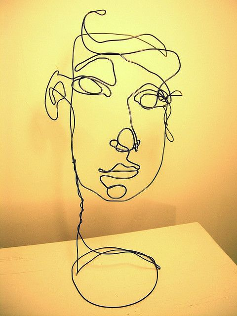 Wire sculpture Face by Travis Burr, via Flickr