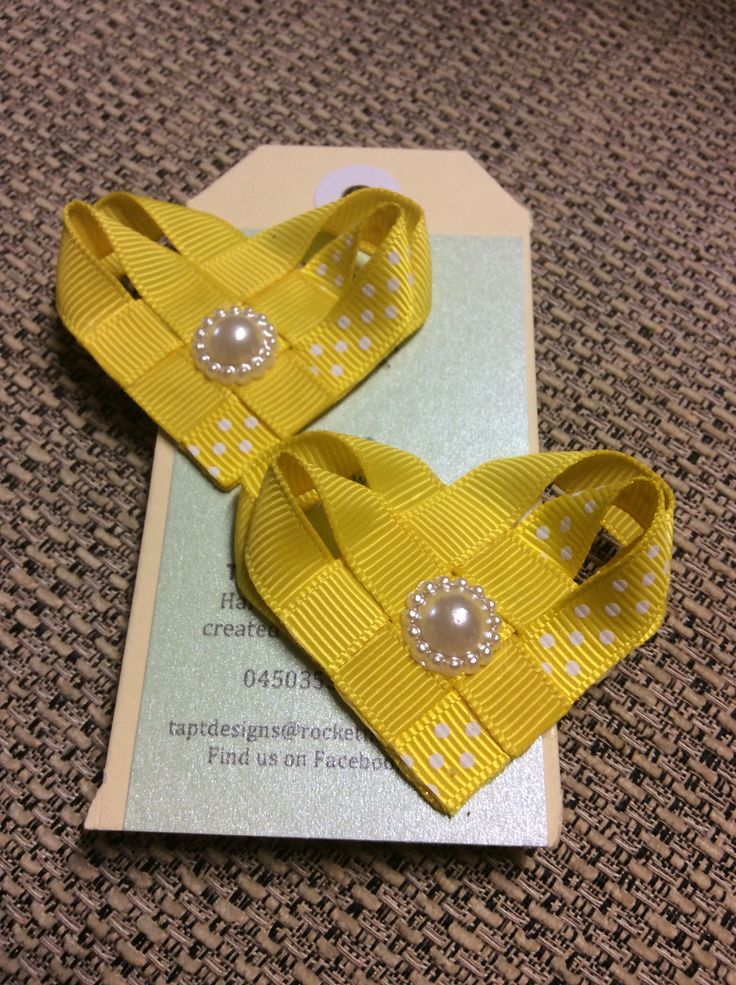 Yellow heart hair bows