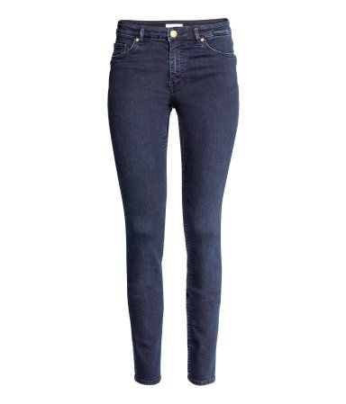 Dark denim blue. 5-pocket pants in washed superstretch twill with a regular waist and slim legs. Petite size proportioned for women around 5'3