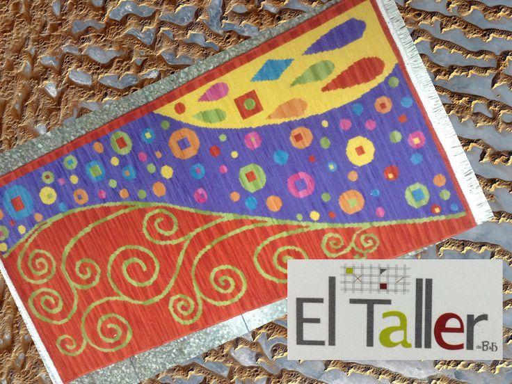 Alfombra para pie de cama a punto cruz con diseño tipo Klimt