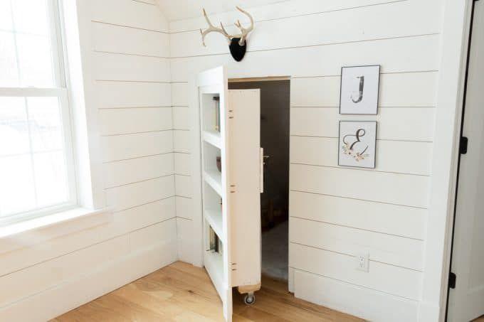 Diy Hidden Doorway Bookcase Family Room About 600