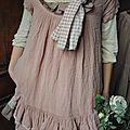Ma petite tunique en lin vieux rose à superposer... - Atelier des Ours.