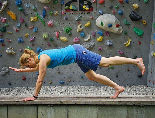Übungen für mehr Körperspannung beim Klettern (Fitness Routine Lifestyle)