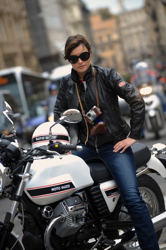 Motorcycle Girl. Moto Guzzi V7 Classic.                                                                                                                                                                                 もっと見る