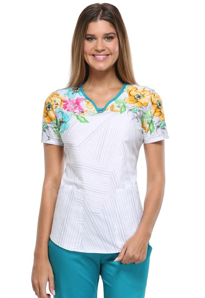 This Cherokee Runway top in Get Growing has just enough floral so you can wear it all year, but is perfect for spring! | Scrubs and Beyond  #spring