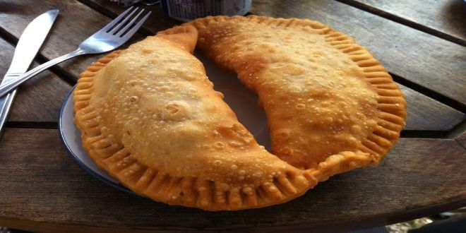 Esta es la Receta de Empanadas de Mariscos Fritas, uno de los platos mas tradicionales de nuestra Cocina Chilena